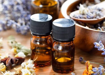 Essential Oils for Insomnia: How to Enjoy a Better Night Sleep Again